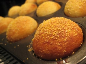 Corn Meal Yeast Muffins - The Lost World of Drfugawe