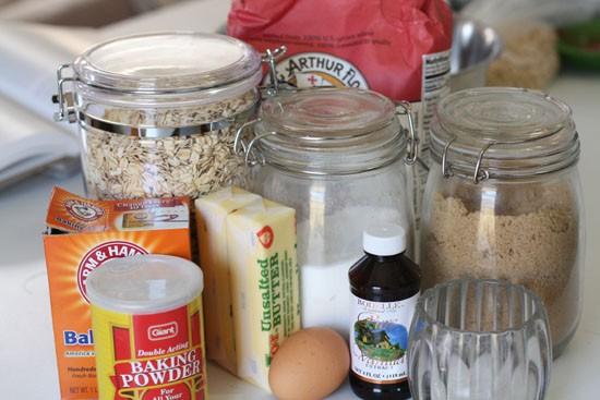 Oatmeal cookie ingredients