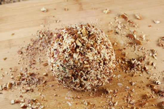 rolled Quick and Delicious Cheese Ball