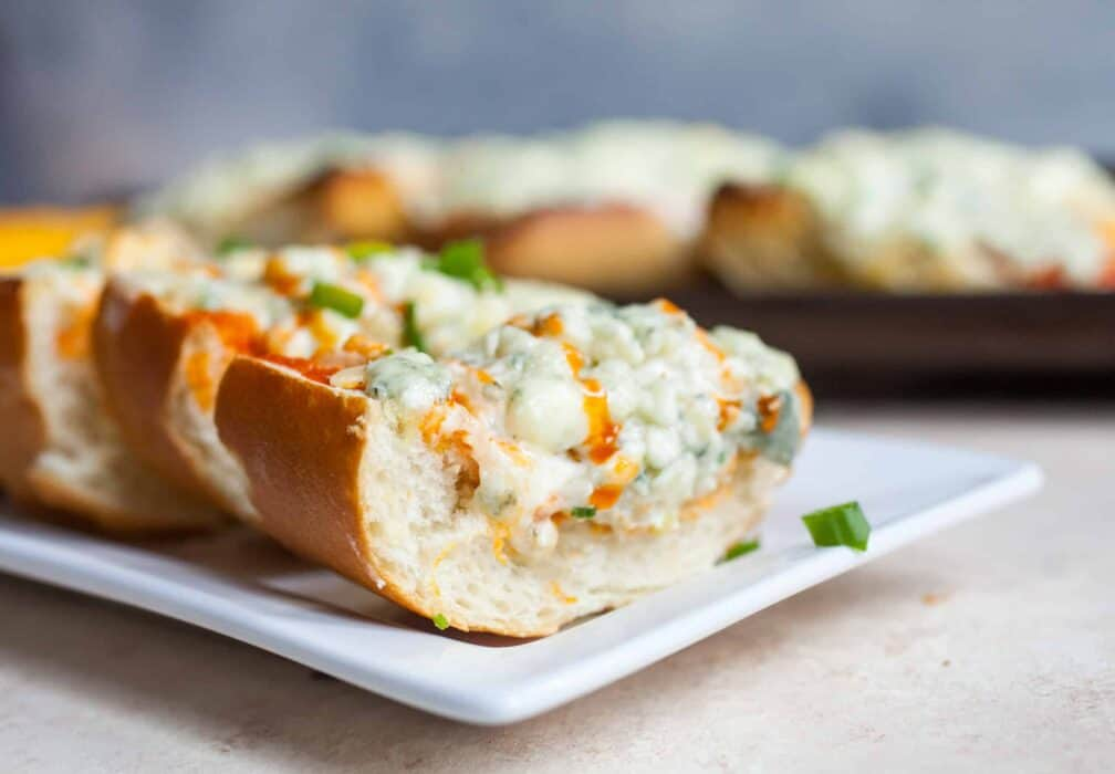 Buffalo Bread: This easy baked bread is a perfect hearty appetizer for game day. Dig in!   macheesmo.com