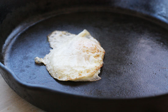 egg test for cast iron skillet