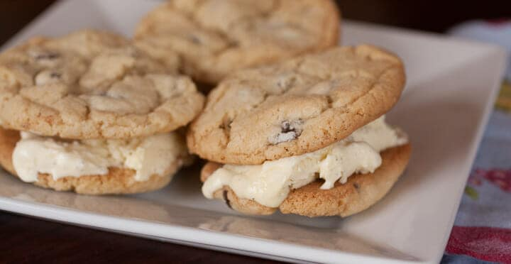 Chocolate Chip Ice recipe from Macheesmo Cream Sandwiches