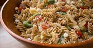 Picnic Pasta Salad from Macheesmo