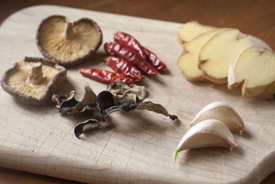 great flavor add ins - Mushroom Tofu Noodle Bowls