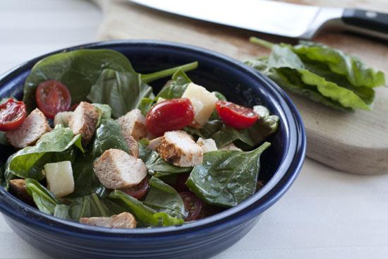Chicken Caprese Salad recipe - Macheesmo