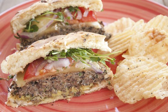 Mushroom Burger recipe from Macheesmo