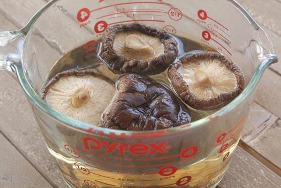 shiitake mushrooms - Mushroom Burgers
