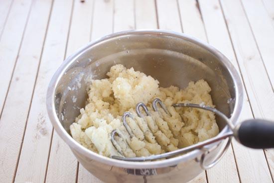 mashed potatoes for Papas Rellenas - macheesmo.com