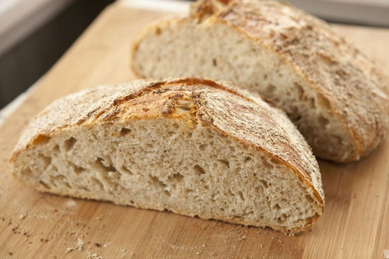 Oat No Knead Bread recipe from Macheesmo