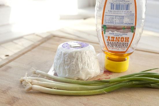 spread - Vegetarian Bagel Sandwich