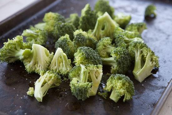raw broccoli for Broccoli and Cheddar Queso