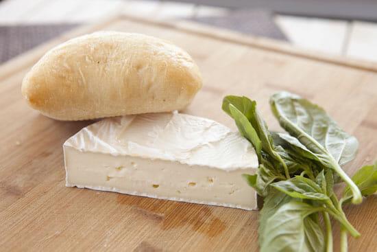 stuff - Tomato Brie Sandwich