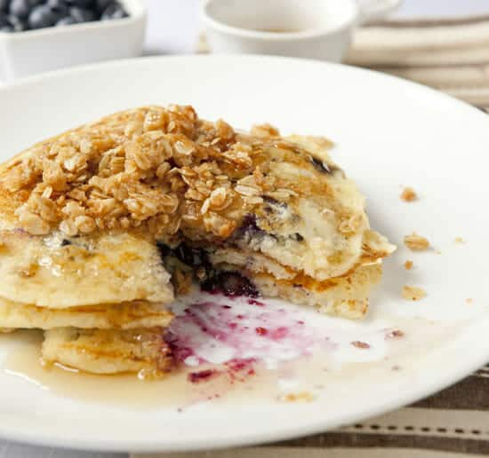 buttermilk blueberry pancakes via macheesmo