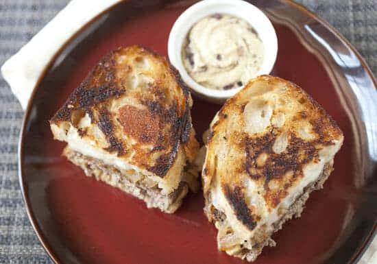 Hummus Patty Melt ~ Macheesmo
