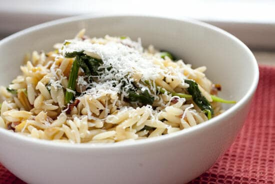 Spinach Orzo ~ Macheesmo