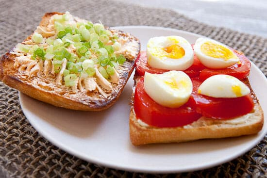 Egg and Tomato Sandwich building.