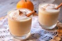 Delicious creamy pumpkin milkshakes via Macheesmo