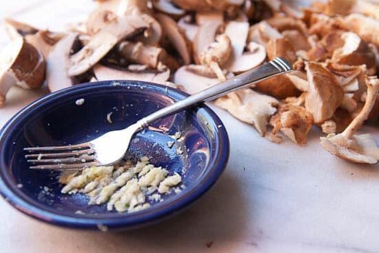 Mushroom ragu - garlic paste