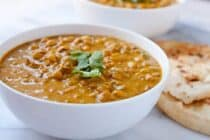 Black Eyed Peas Curry: A simple curry simmered with spices and black eyed peas. A great dish for New Year's Day. Good luck!