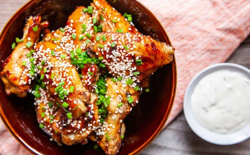 Sticky Chicken Wings with Chili Garlic Sauce