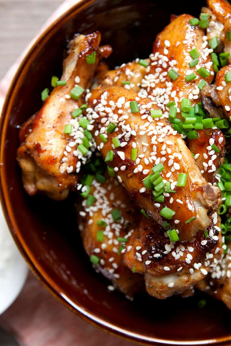 Sticky Chicken Wings Recipe with Chili Garlic Sauce