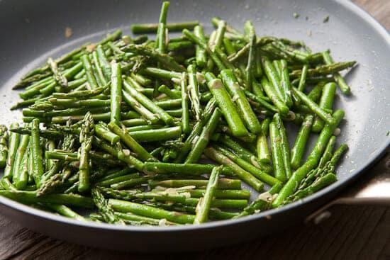 Asparagus carbonara.