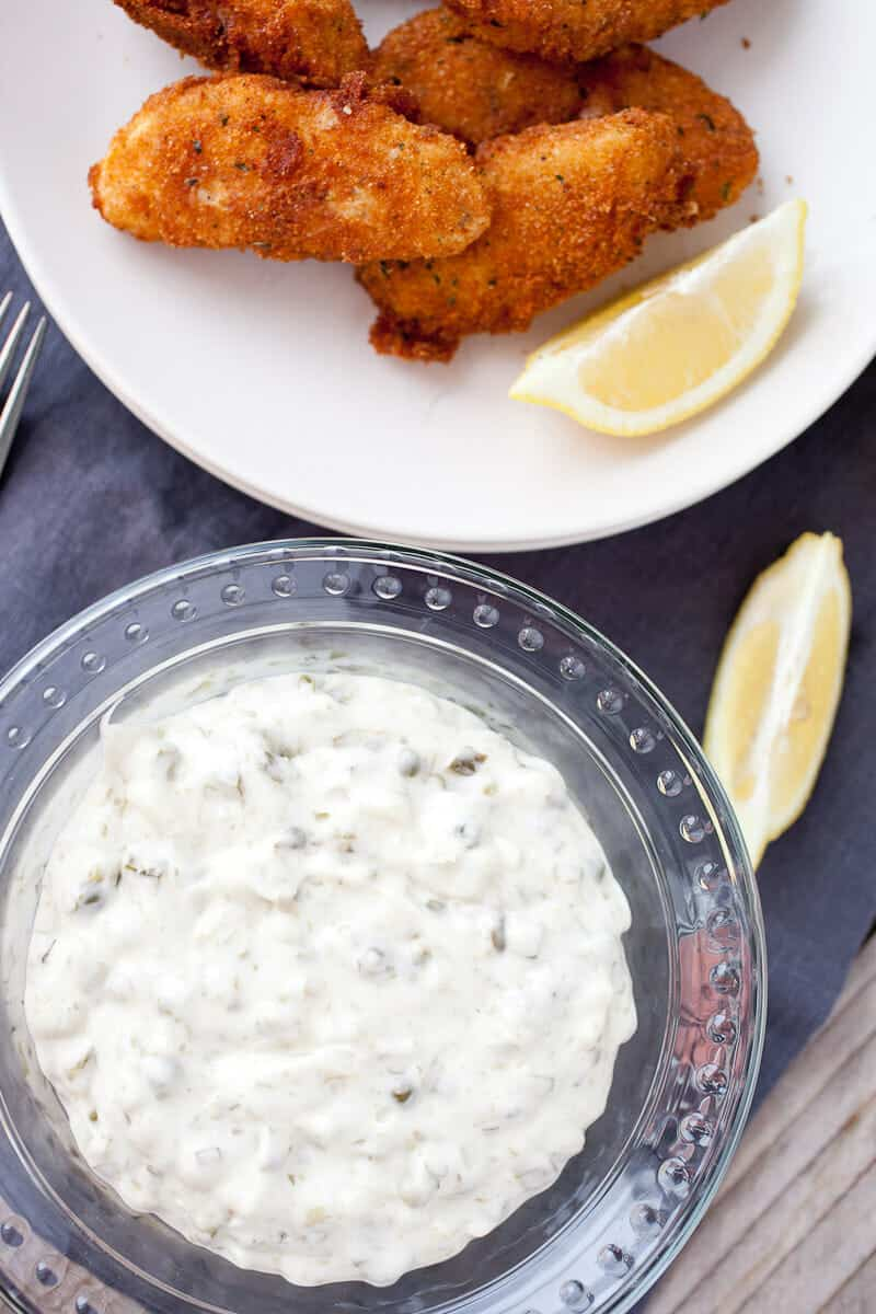 Easy Homemade Tartar sauce: This is really the perfect quick tartar sauce. It's the perfect mix of savory, sweet, tart, and creamy. Do not skimp on the capers! | macheesmo.com