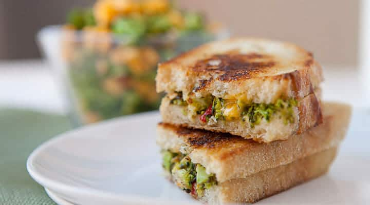 broccoligrilledcheese_feature