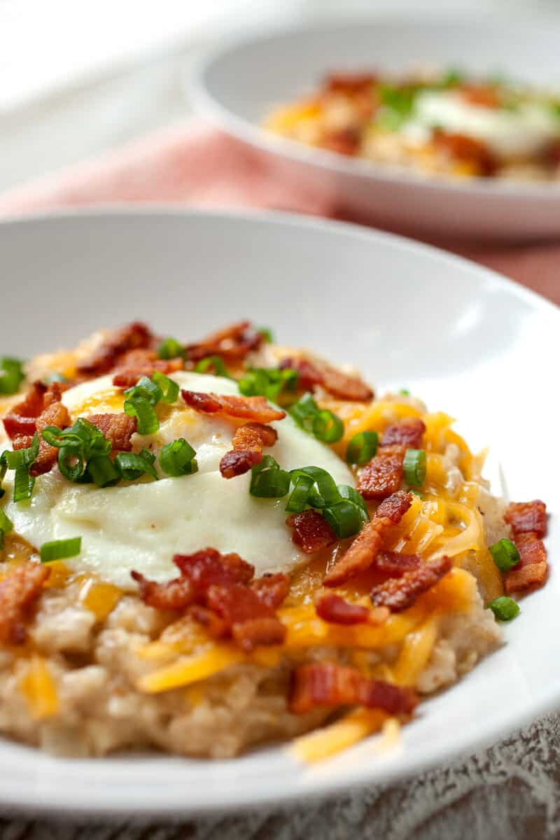 Bacon Cheddar Savory Oatmeal: A necessary change on the sweet oatmeal ...