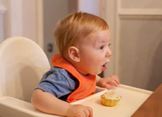 eating-cupcake