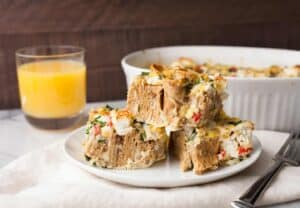Flatbread Savory Pudding: A perfect, puffy savory pudding made with rolled flatbread chunks, fresh sweet corn, peppers, and big dollops of goat cheese. Perfect for any meal! #sponsored   macheesmo.com
