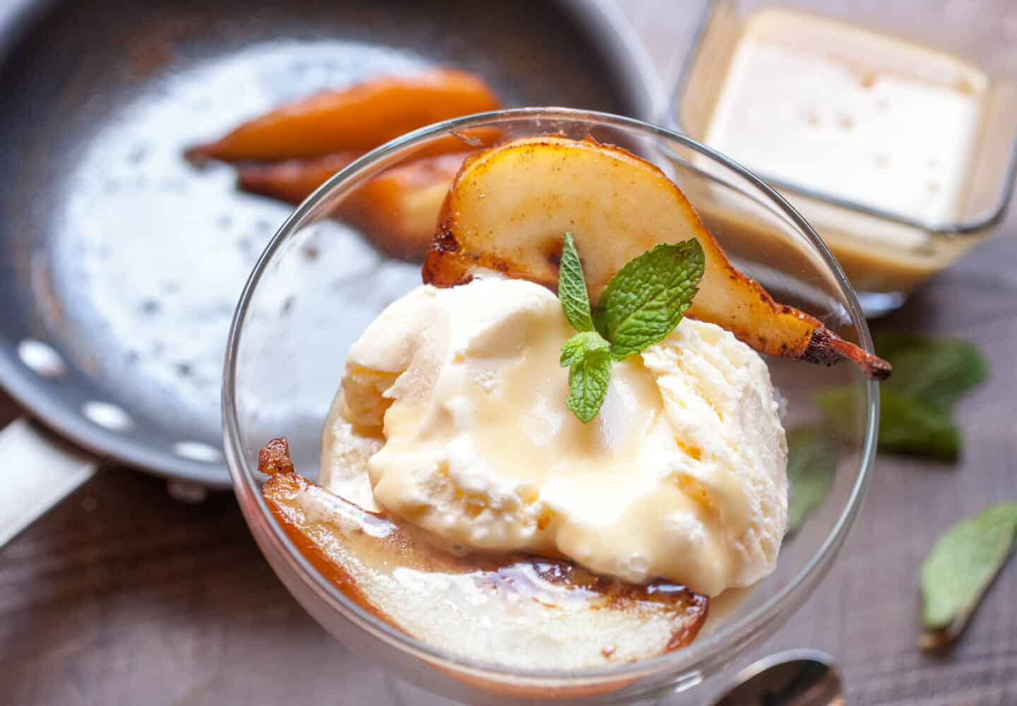 Caramelized Pears with Butter Rum Sauce: A perfect fall/winter dessert ...