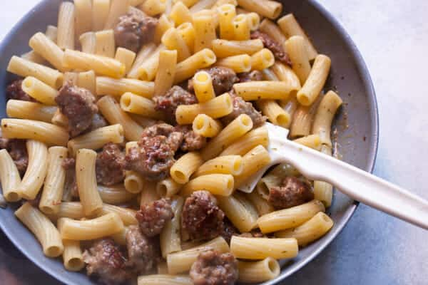 Easy Pesto Pasta with Sausage