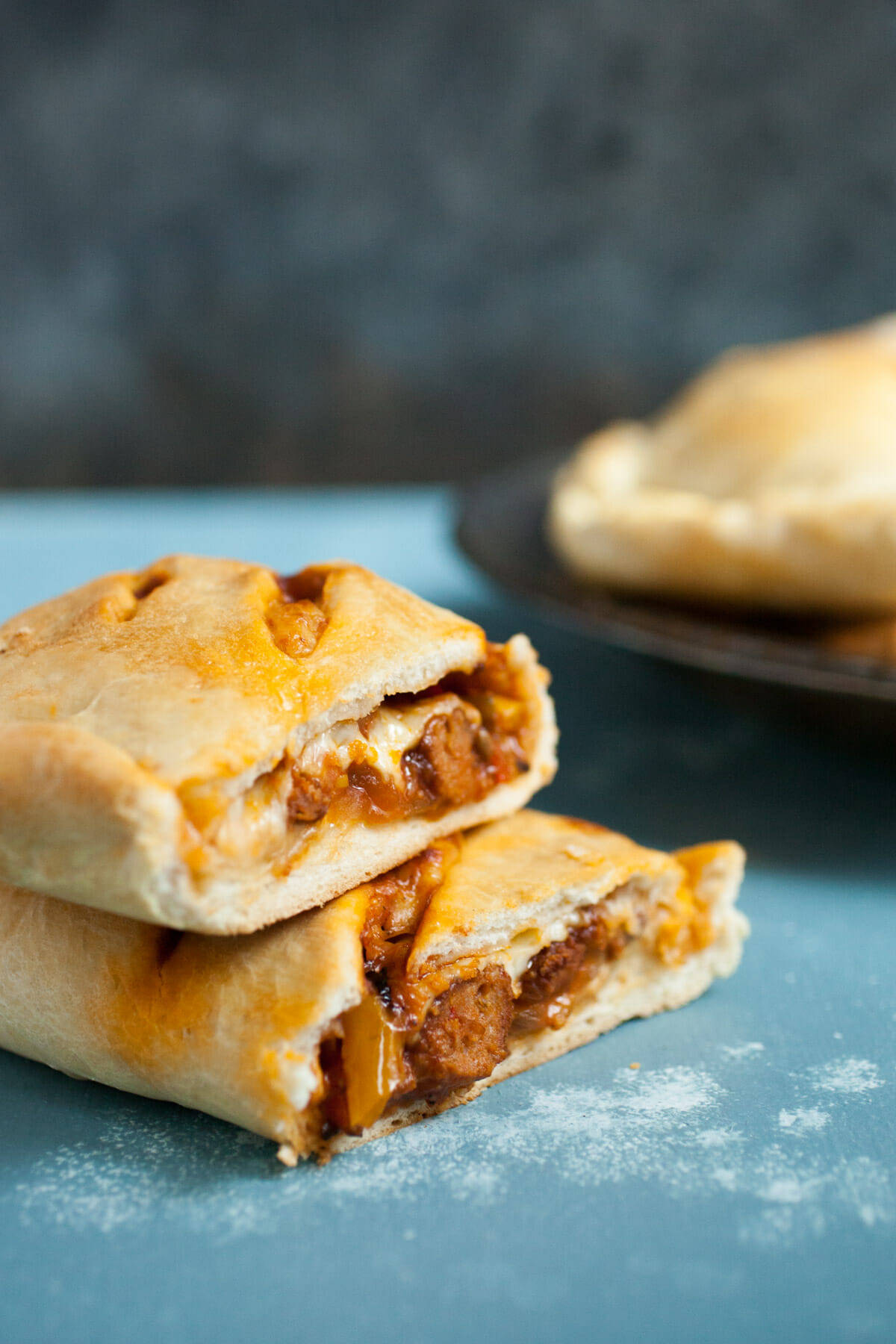 Sausage and Pepper Hot Pockets: These delicious homemade hot pockets ...