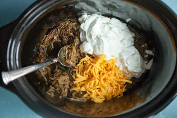Slow Cooker Caramelized Onion Dip