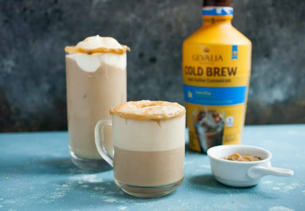 Churro Iced Coffee: Homemade quick caramel sauce mixed with Ice Coffee for a perfect way to beat the summer heat! | macheesmo.com