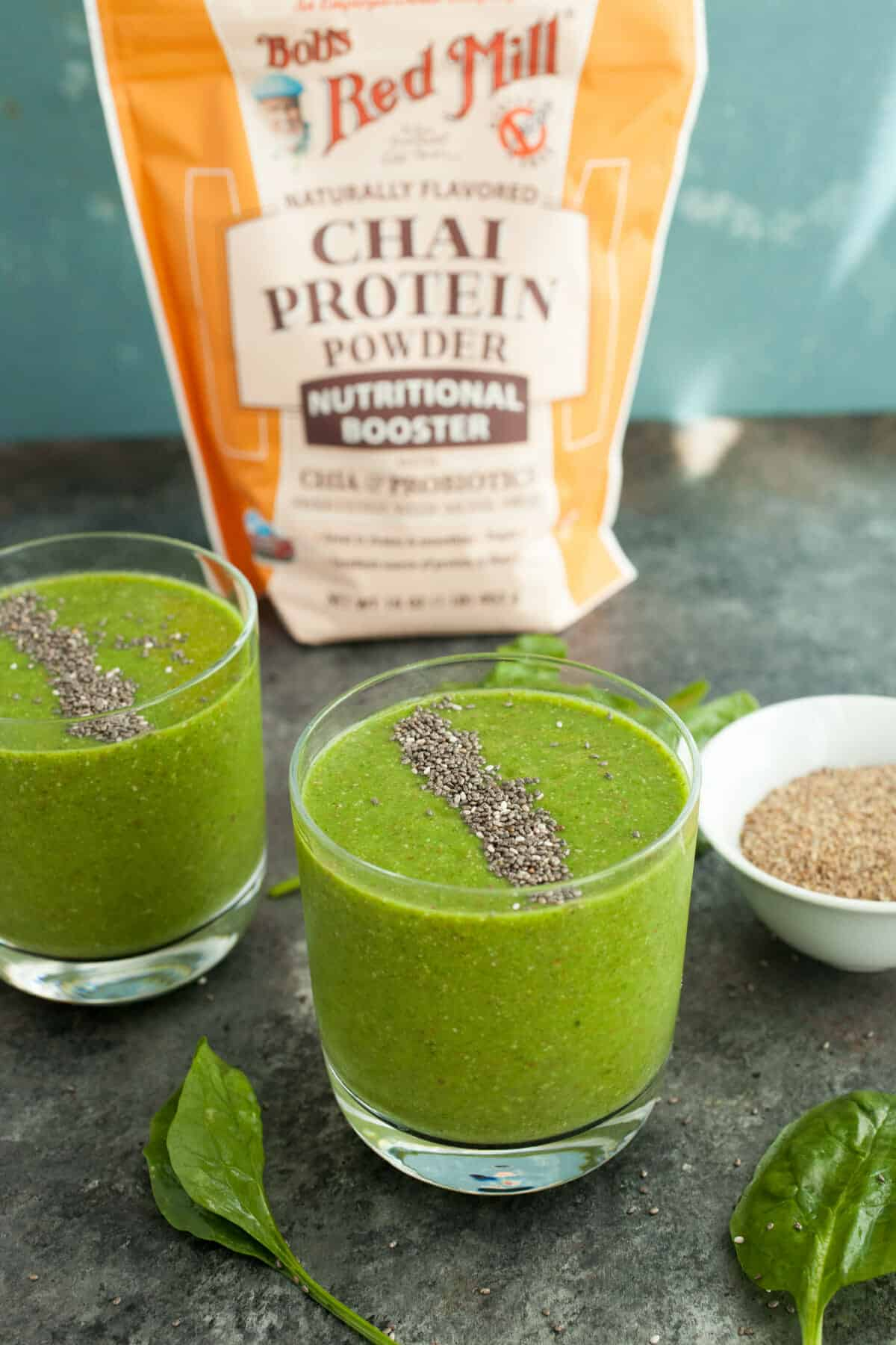 Chai Chia Green Smoothies: Kind of a tongue twister but these green smoothies are a great way to start the day or they are filling enough for a light lunch! | macheesmo.com