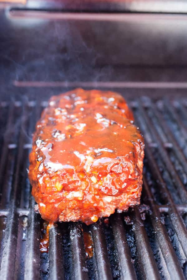 Easy Grilled Meatloaf