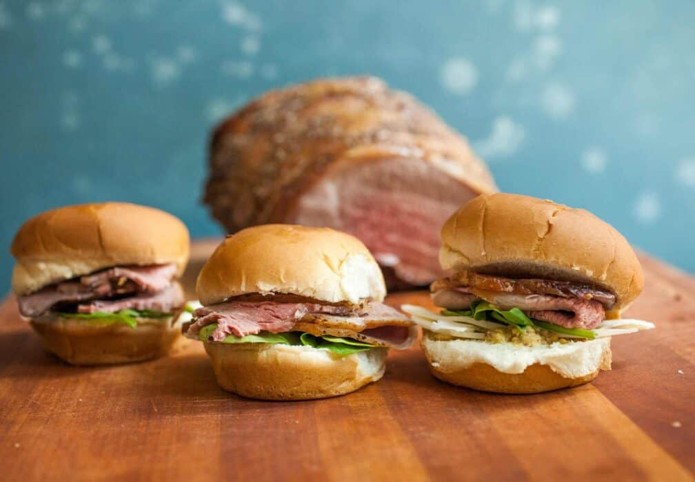 Roast Beef Sliders: The party food to beat all party foods! If you're feeding a crowd these roast beef sliders are much easier to make than you might think! Slice it thin and pile it high! | macheesmo.com