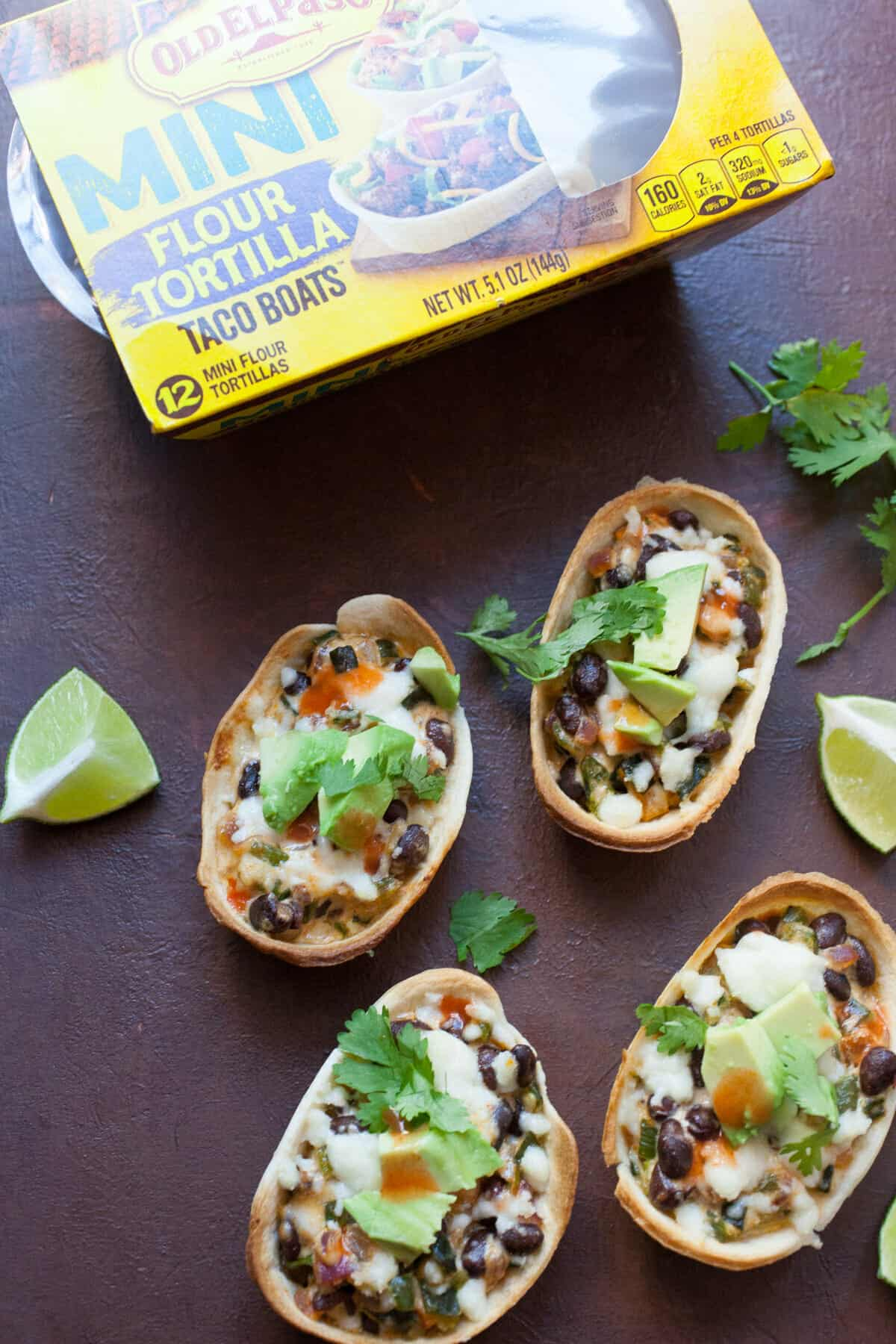 Creamed Pepper Taco Boats: These baked taco boats are stuffed with a creamed pepper mixture that's SO flavorful. Any Tex-Mex lover will not want to share.   macheesmo.com