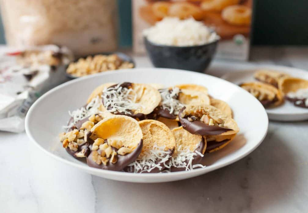 Chocolate Covered Pita Crackers: These fun little appetizers are the perfect mix of salty and sweet. They will disappear from your snack bowl! | macheesmo.com