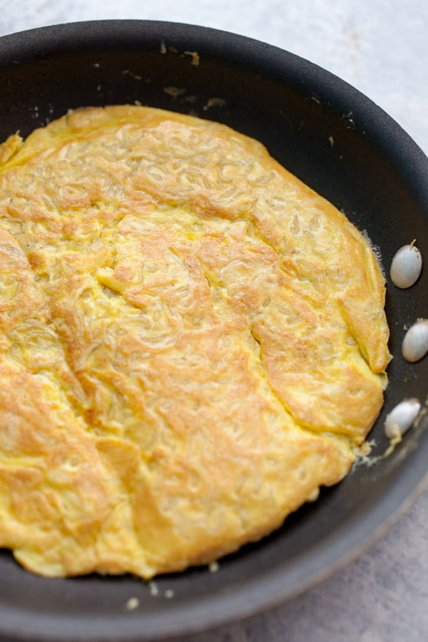 Flipped Ramen Omelette