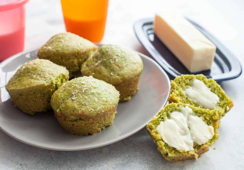 Cheesy Spinach Breakfast Muffins