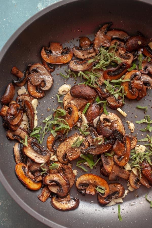 Mushrooms cooked - Mushroom Carbonara