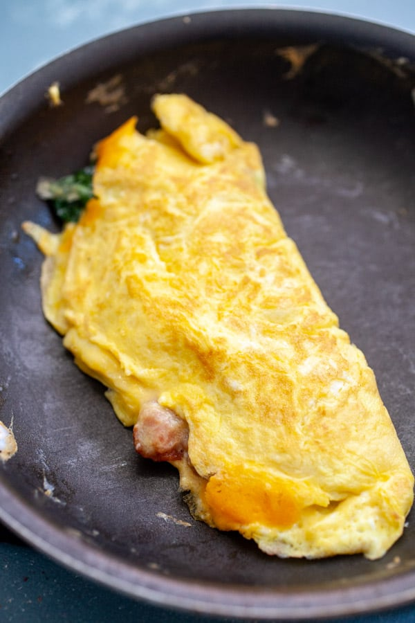 Omelette Done - Bacon Spinach Omelette