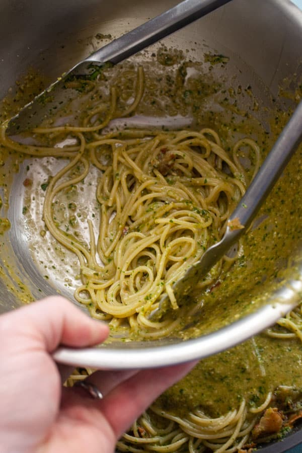 Clean the bowl - Pesto Carbonara with Crispy Pancetta