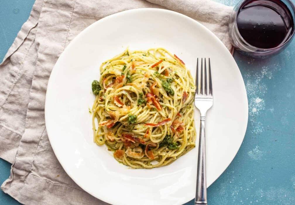 Pesto Carbonara with Crispy Pancetta