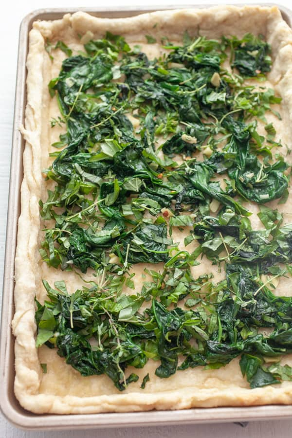 Spinach and basil filling for quiche.