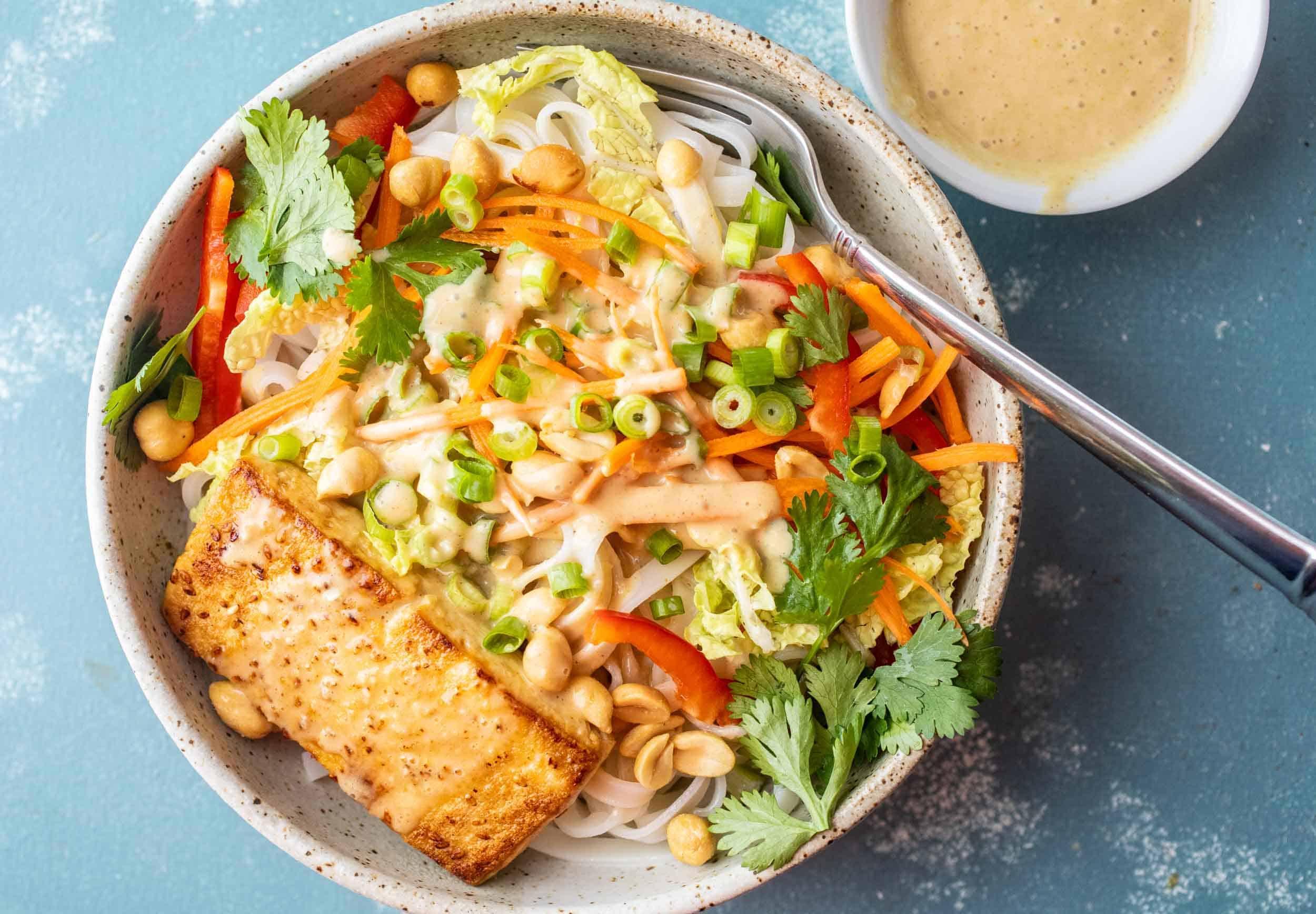 Green Thai Peanut Noodle Bowls