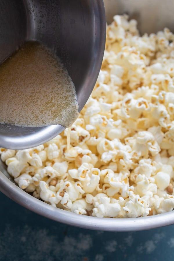 Seasoning popcorn - Salt and Vinegar Popcorn